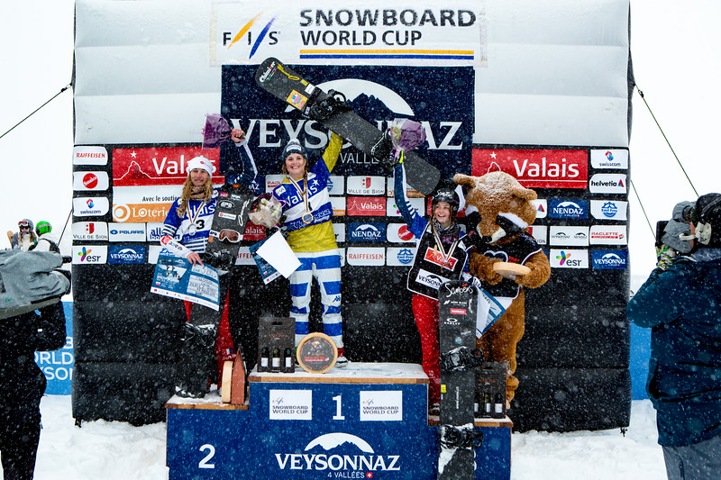 MOIOLI Michela wins the Veysonnaz SBX